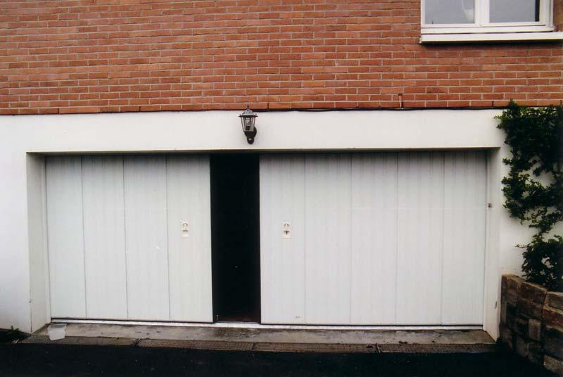 Automatisme porte de garage basculante for Porte metallique brico depot