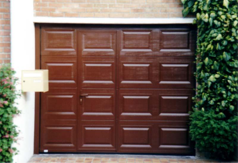 Nos r alisations de portes de garage - Porte de garage sectionnelle avec portillon tarif ...